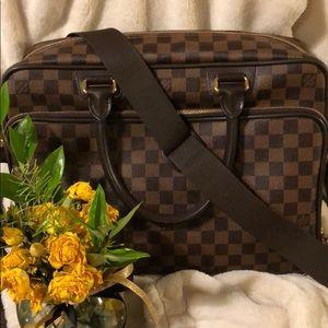 Louis Vuitton ICARE crossbody bag